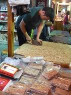 Making peanut brittle